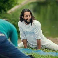Ariya Yoga with Dominik Zaerin @ Light Centre Monument | England | United Kingdom